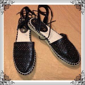 Unisa EUC espadrilles lace up black ❤️Size 9.5
